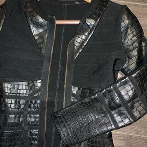 Herve Leger Dresses - EUC Herve Leger Bodycon dress